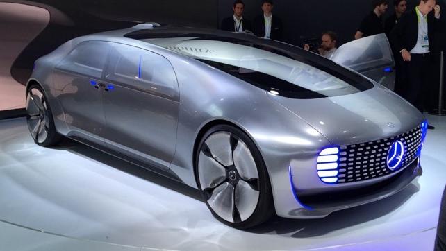 Mercedes-Benz-F-015-self-driving-car.png